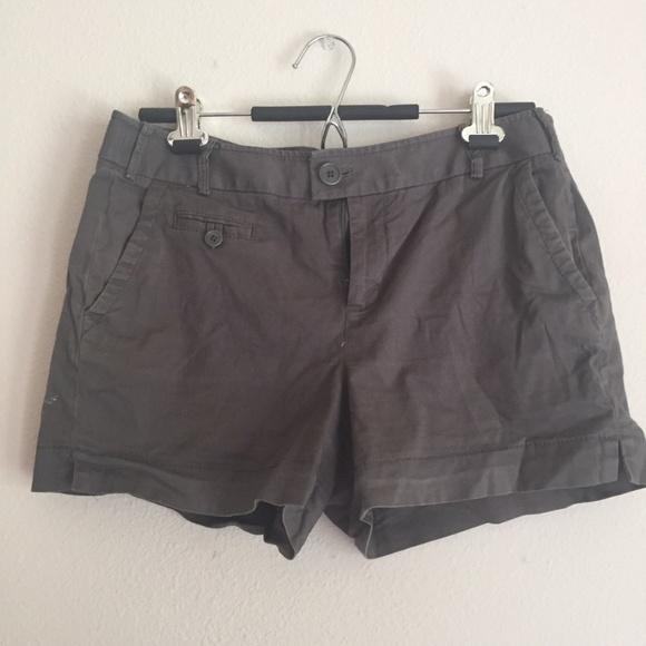 Banana Republic Pants - Warm Gray Shorts